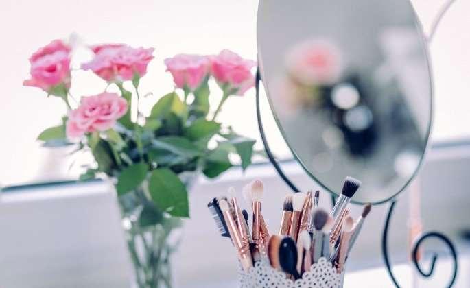 Flower by mirror